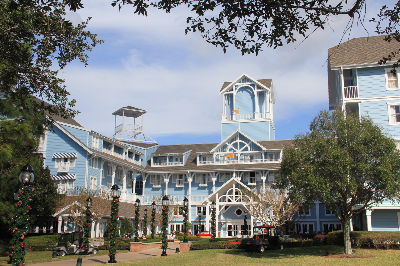Disney world beach club resort guide for World hotels deluxe
