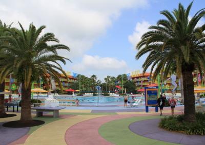 Resorts Pop Century 10