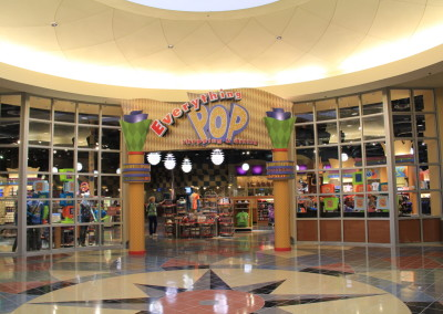 Resorts Pop Century store
