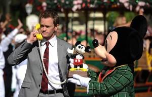 Neil Patrick Harris & Mickey Mouse ©Disney