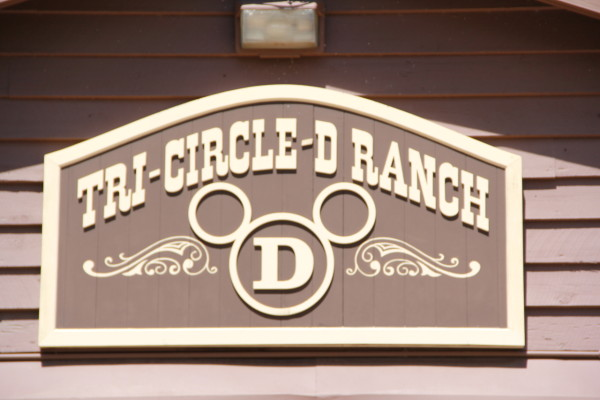 Tri-Circle-D Ranch Barn ©PixieDustDaily