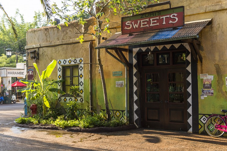 Video Tours of the new Zuri's Sweet Shop in Animal Kingdom's Harambe Marketplace