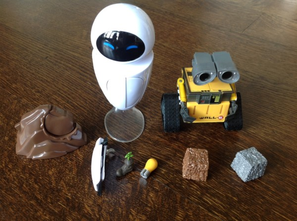 Thinkway Toys WALL-E and EVE ©PixieDustDaily