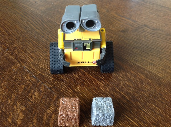 Thinkway Toys WALL-E front
